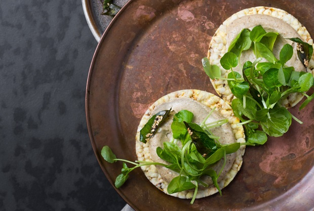 Curry cashew dip and watercress on CORN THINS