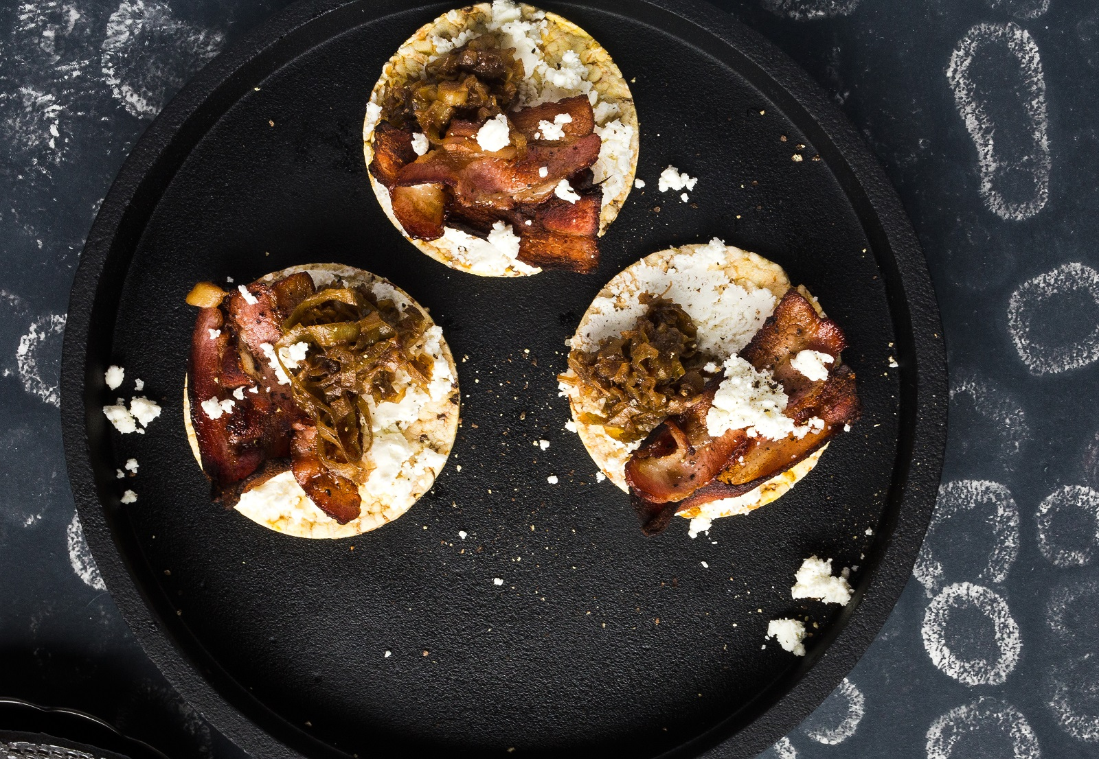 caramelised leek, bacon & goats cheese on Corn Thins for dinner