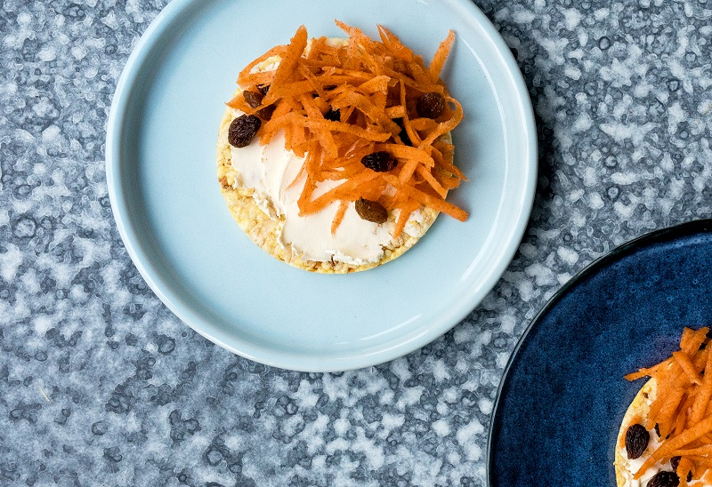CORN THINS Cherry carrot cake, #glutenfree, #nongmo, #healthysnack