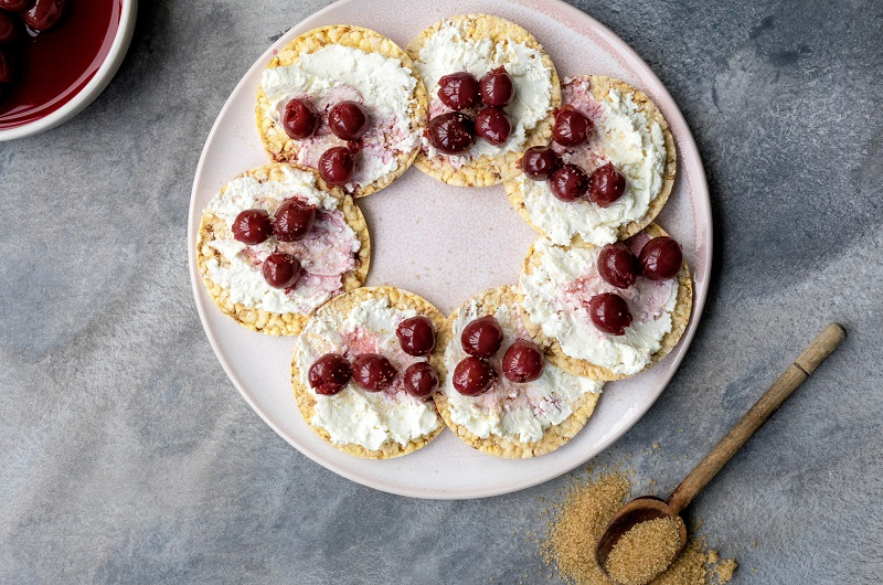 CORN THINS Cherry pie, #gluten free, #healthy snack, #non-GMO