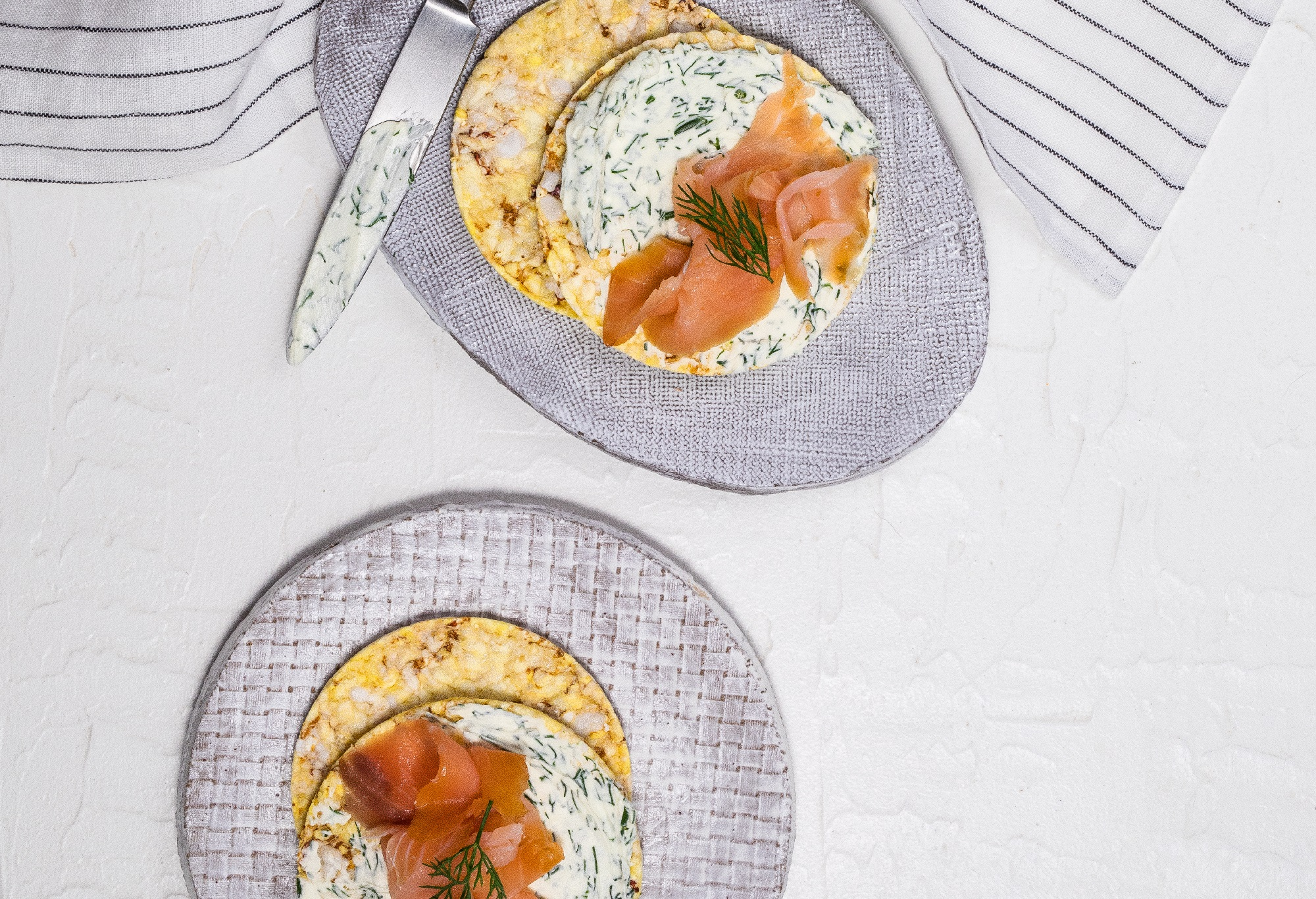 Dill cream cheese with smoked salmon on CORN THINS slices