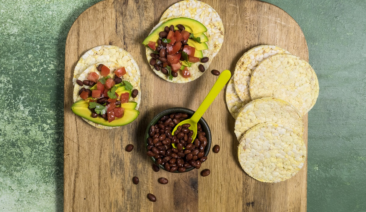 Avocado, Tomato, Black Beans & Coriander on CORN THINS slices