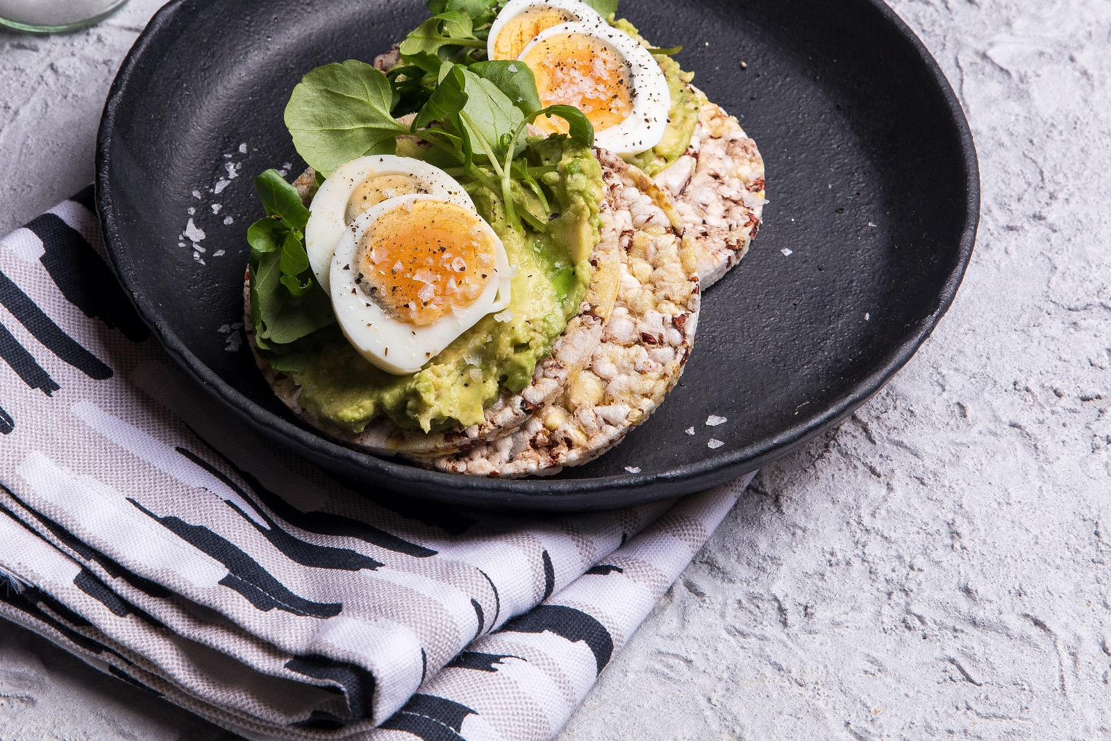 Avocado, Boiled Egg & Watercress for breakfast with CORN THINS slices
