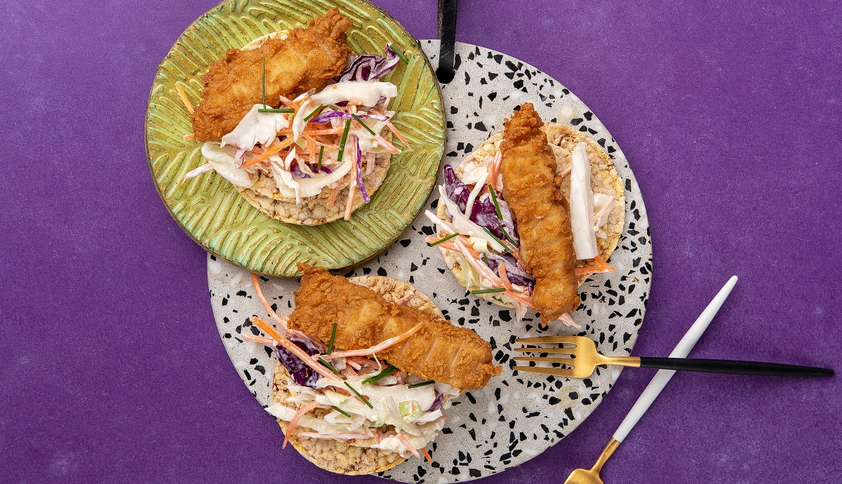Crispy Chicken & Coleslaw on CORN THINS slices