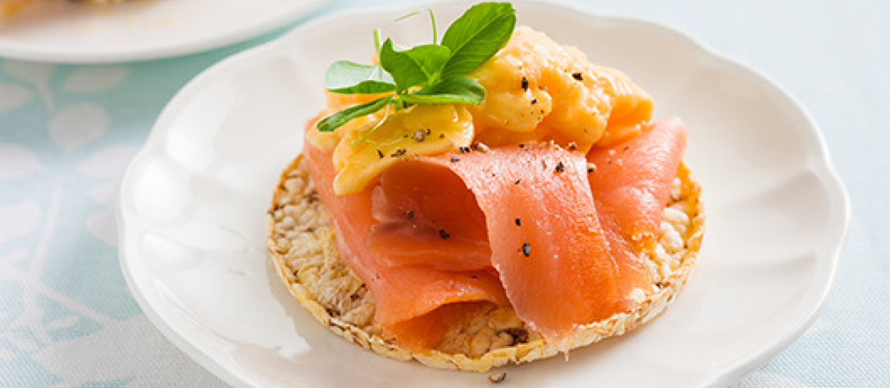 Scrambled Egg & Smoked Salmon on CORN THINS slices