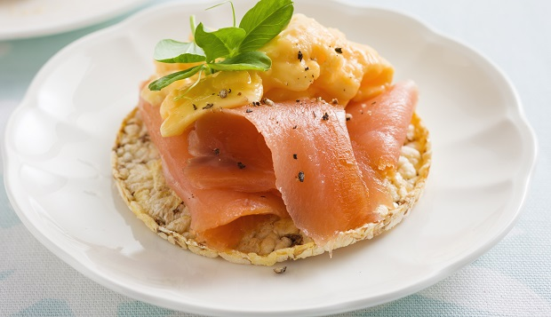 Scrambled Egg & Salmon on Corn Thins for breakfast