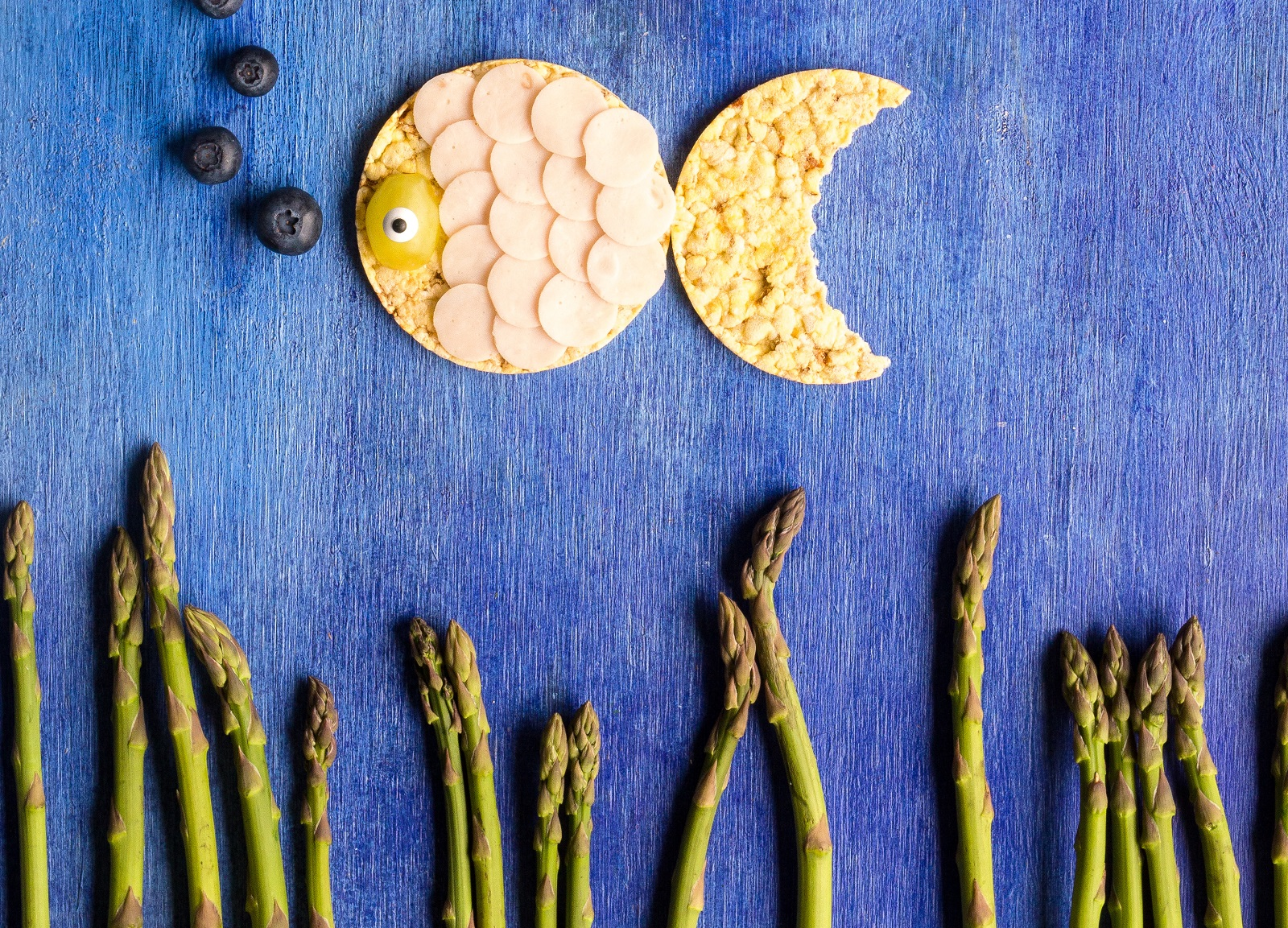 Fun with food, Fish shaped CORN THINS slices made with turkey & asparagus