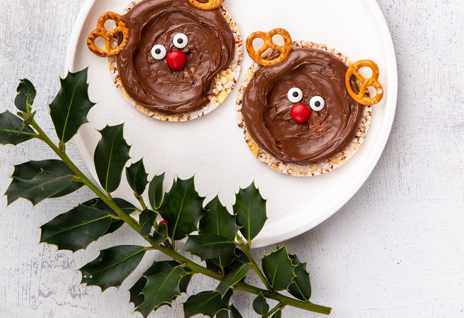 Christmas Reindeers made with CORN THINS slices, Nutella & mini pretzels