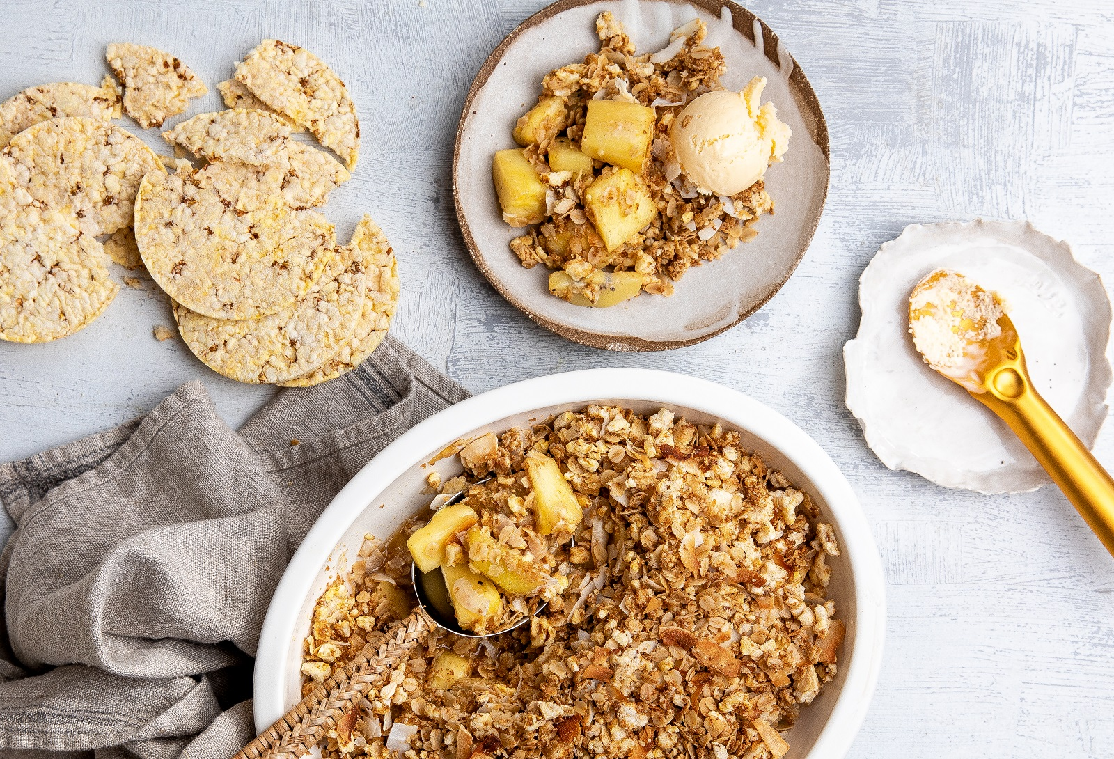 Pineapple & Kiwi Fruit Crumble using CORN THINS slices & GF oats