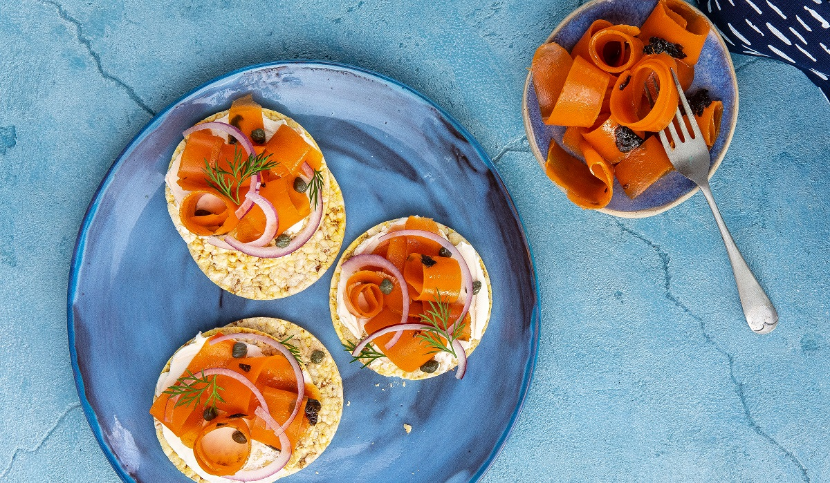 Vegan (carrot) lox with cream cheese on Corn Thins slices